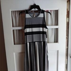 Paolino Sleeveless Floor Length Dress